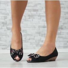 Cipele s cvjetnim uzorkom i mašnom
